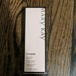 Mary Kay combination to oily skin moisturizer